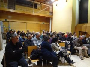 Primera trobada per crear la plataforma unitària a Sant Boi. // Maria Roda