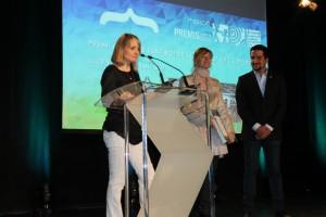 Maria Salud, presidenta del Club de Voleibol, guanyadors en la categoria d'Esports. // Maria Roda