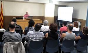 En el taller per conèixer que són els Observatoris Ciutadans Municipals (OCM) es va presentar d'exemple el cas de Castelldefels  // Maria Roda
