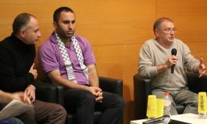Issa Amro (segon per l'esquerra) i Meir Margalit (primer per la dreta) van demostrar que palestins i israelians es poden entendre // David Guerrero