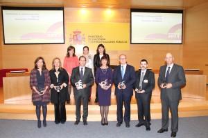 Foto de familia de tots els premiats pel Ministeri. // Ajuntament de Sant Boi