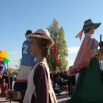 Els gegants de la ciutat han ballat tot just després de la inauguració de la fira // David Guerrero