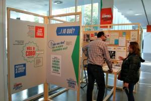 La Trobada d'Economia Social i Solidària s'ha celebrat a la biblioteca Jordi Rubió i Balaguer // David Guerrero