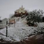 Sant Ramon nevat a primera hora del matí del 4 de febrer del 2015 // Josep Pons