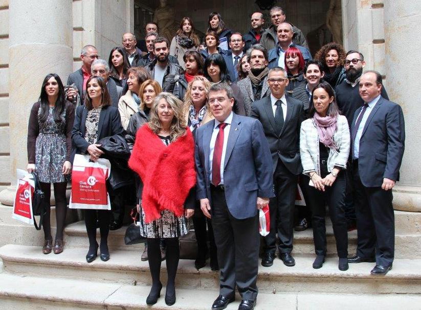 Representants dels organismes i empreses premiats amb el segell SICTED a la Casa Llotja de Mar // Ajuntament de Sant Boi