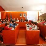 El Consell de la Infància i l'Adolescència de Sant Boi es va constituir a la sala de plens // Ajuntament de Sant Boi