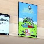 Les pantalles digitals instal·lades al vestíbul de Can Massallera // Ajuntament de Sant Boi