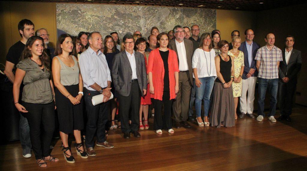 Els 36 alcaldes metropolitans a la seu de l'Àrea Metropolitana de Barcelona // AMB
