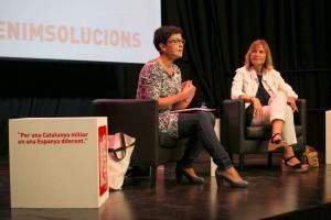 La número 2 del PSC, Eva Granados, ha parlat de polítiques socials acompanyada de l'alcaldessa LLuïsa Moret // PSC Baix Llobregat