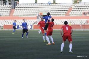 Josele, autor del gol del Santboià, en una acció del partit // FC Santboià