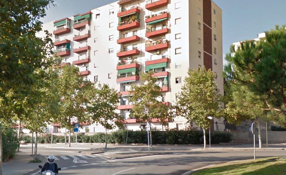 Bloc de pisos de Ciutat Cooperativa - Sant Boi Diari