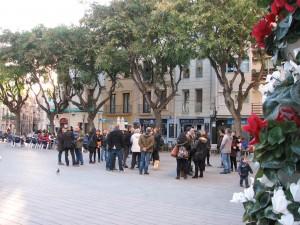 Concentració fallida en protesta a les retallades de línies de P3 // Marc Pidelaserra