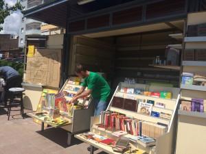 El quiosc de la plaça Generalitat reobre amb una nova finalitat // Marc Pidelaserra