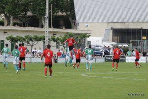 Una de les accions del partit // FC Santboià