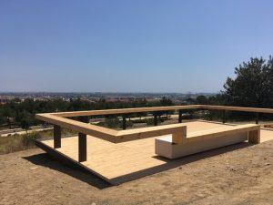 Imatge d'un dels nous miradors col·locats al parc // Oihana Garcia