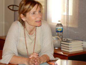 Lluïsa Moret en un moment de l'entrevista concedida a Sant Boi Diari // Marc Pidelaserra