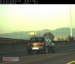 El conductor circulava a 137 km/h i duplicava la taxa d'alcoholèmia // Mossos d'Esquadra