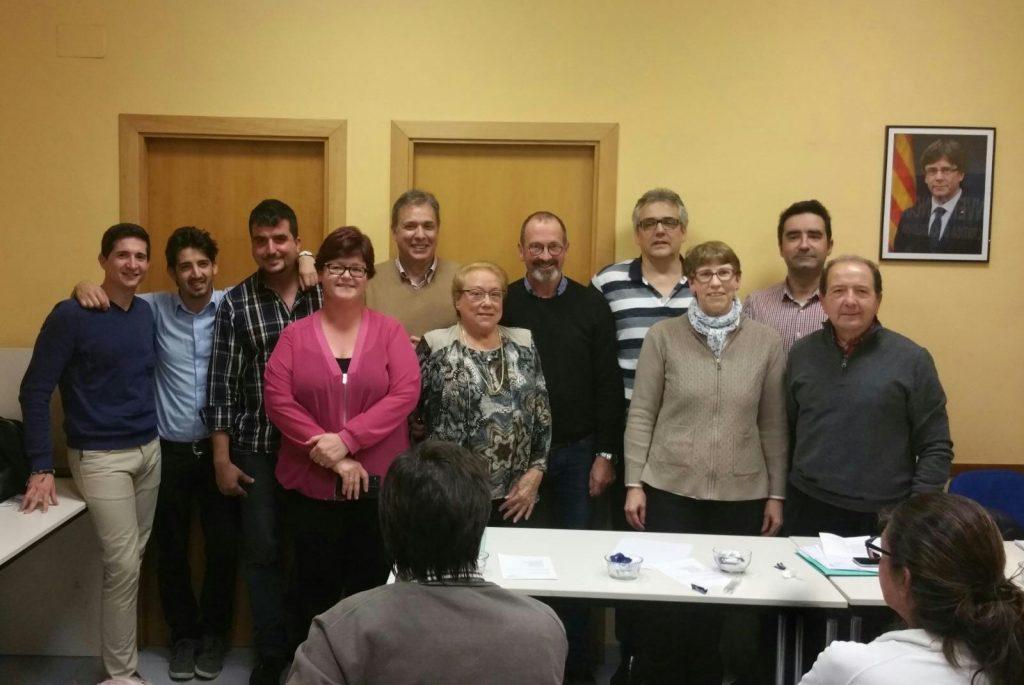 Foto de família del nou comité local // PDECat Sant Boi