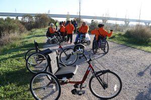 Les persones amb discapacitat ja poden passejar còmodament pel riu // Ajuntament de Sant Boi