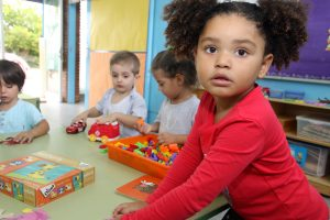Una aula de l'escola Amat Verdú, que tindrà un grup més de P-3 // Ajuntament de Sant Boi